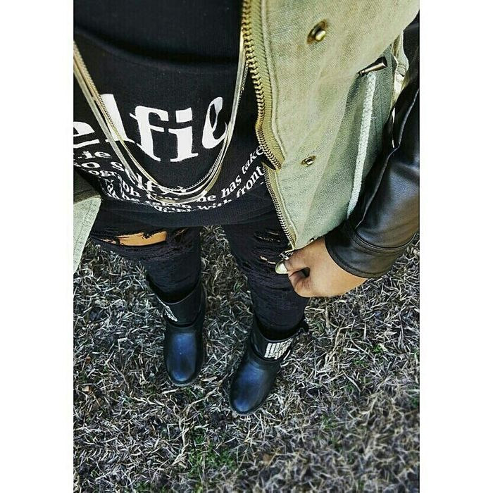 Lesbian Hippielove Street Fashion Mens Fashion Kotd Kicksoftheday Tomboyswag Streetwear Streetwearfashion Streetwearforgirls
