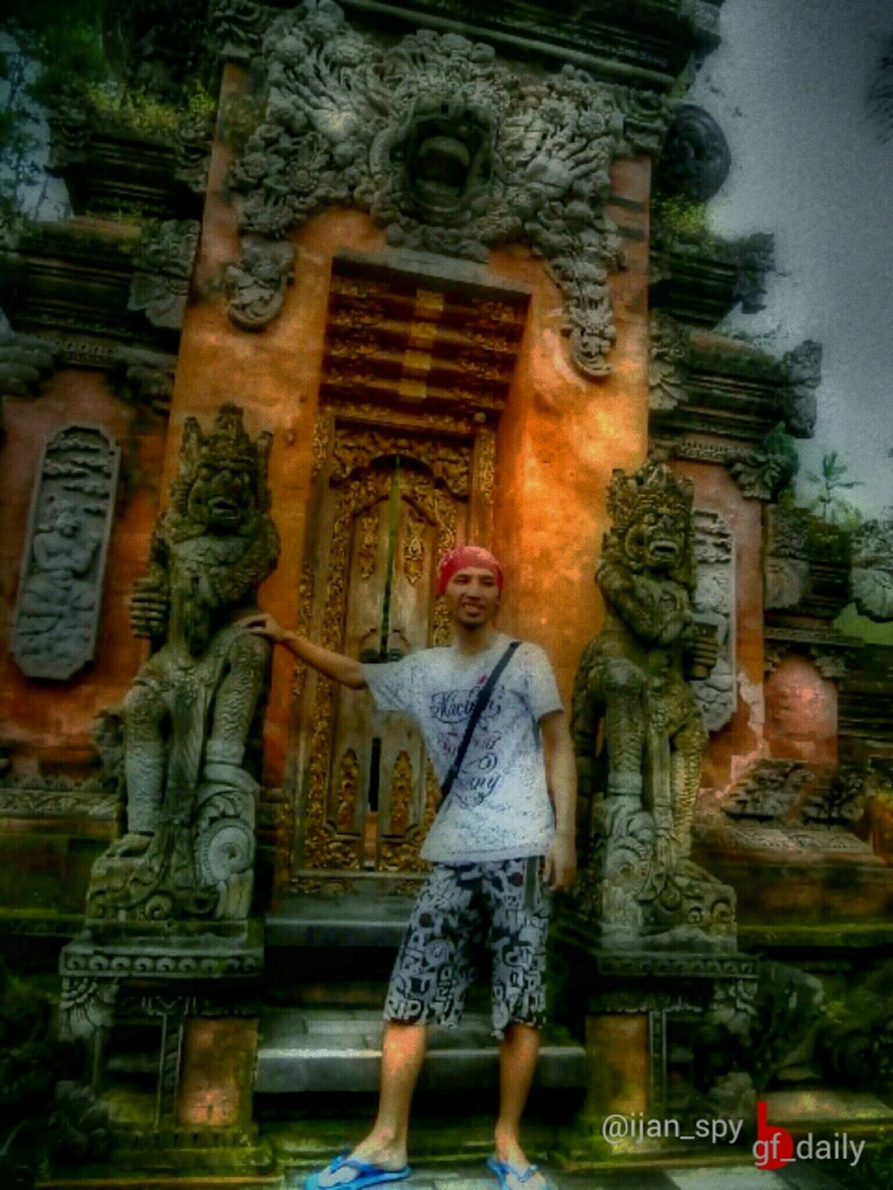 Front Of The Door Balinese Tample  Entry For : #gf_daily_door_013   #gang_family #gf_daily #gf_brothas #gf_indonesia