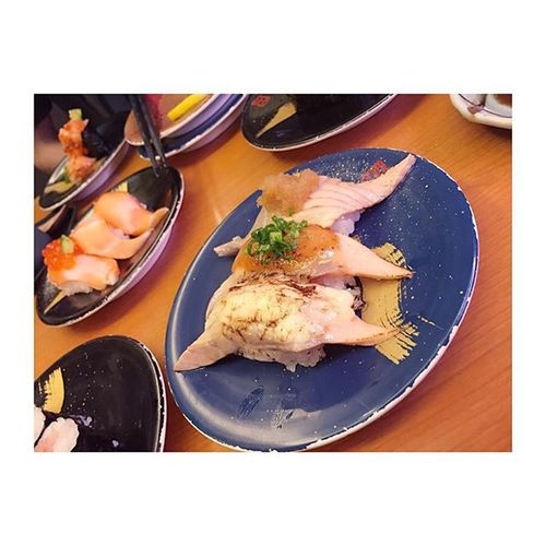 ✩✩✩ 2日連続お寿司だ 廻転寿司 渋谷 ヒカリエ 恵み