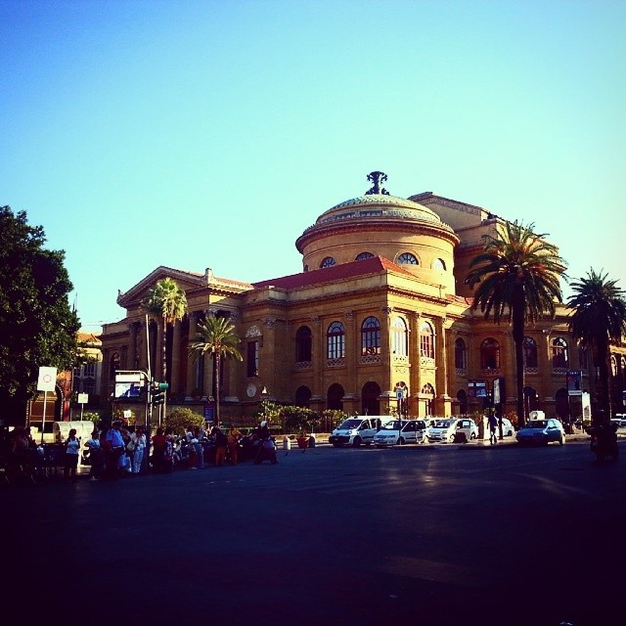 Di ritorno a Casa Palermo Sicilia Teatromassimo summer hotinthecity holidays sicily walkingaround