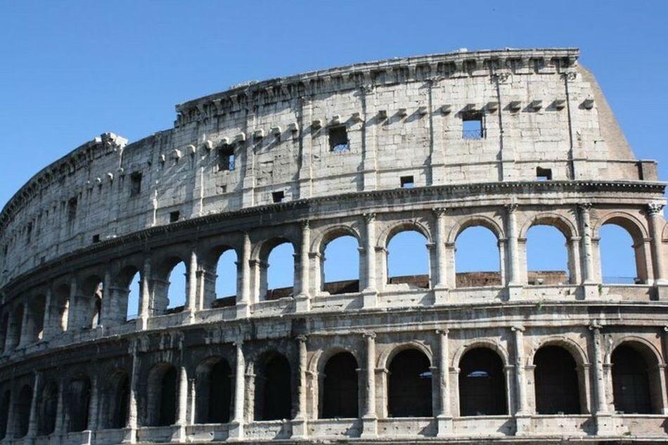 Colosseum in Rome, Italy Architecture Amphitheater Travel Destinations Old Ruin Roman Building Exterior Tourism Ancient Built Structure Cultures City Ancientrome Romeitaly
