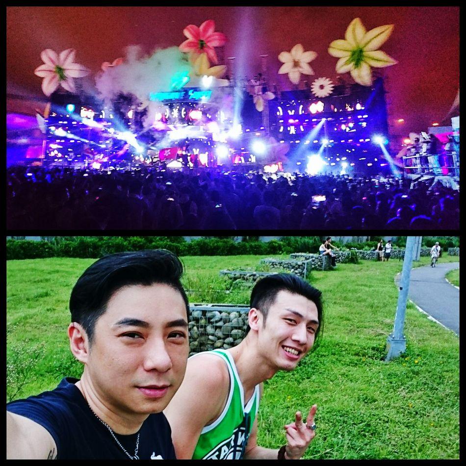 如果沒有友情...真不知道該怎麼撐過來。 Taipei,Taiwan Dimitri Vegas & Like Mike DVBBS Party Time