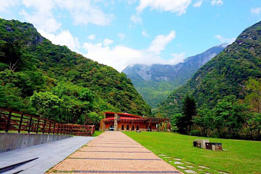 Fresh Air Traveling Hualien, Taiwan