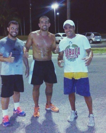 Corrida noturna pra manter a forma Malhação  Fitness Running Galeradocarneiro