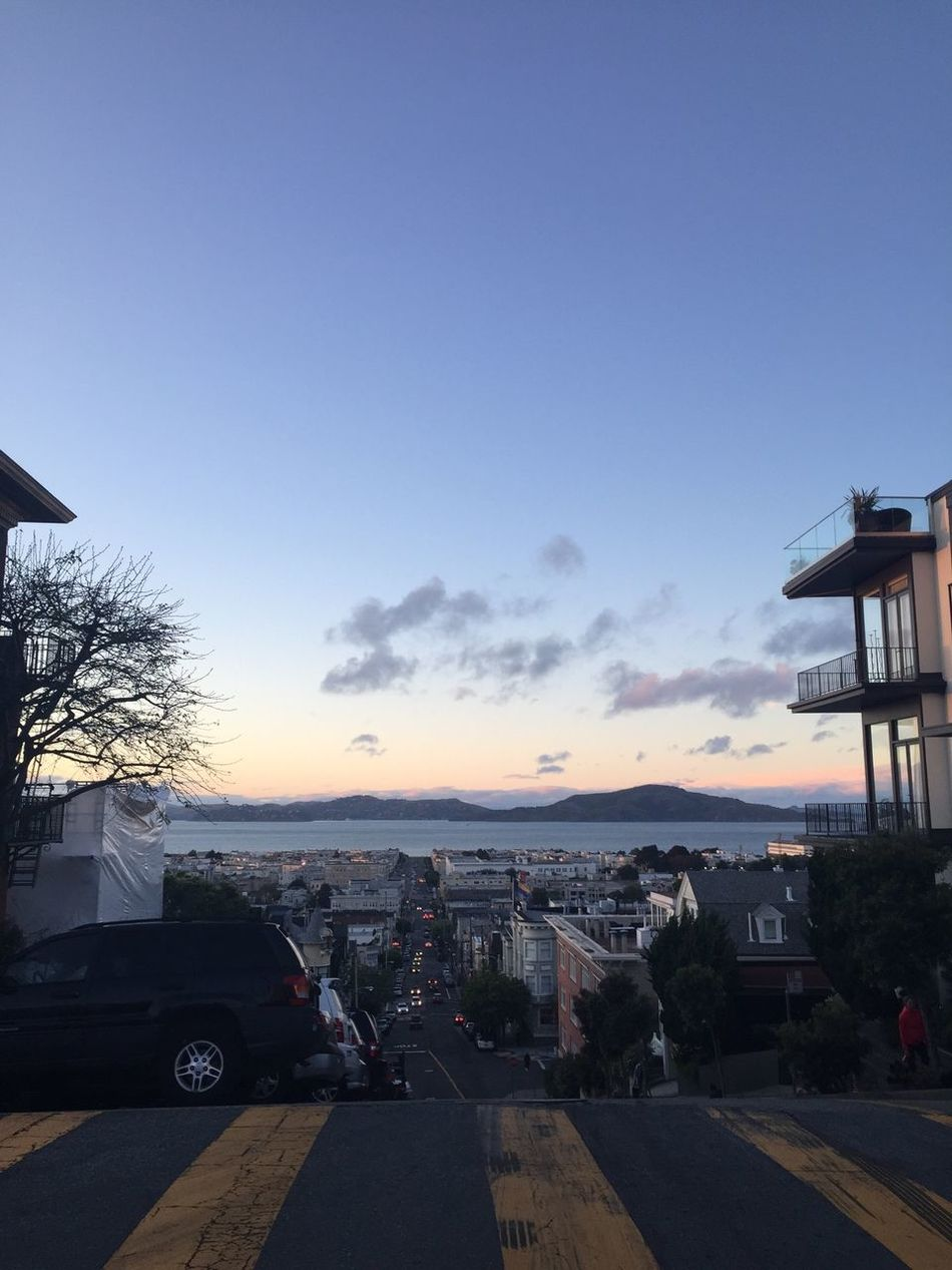 Streets Of San Francisco California San Francisco Pacific Ave Hills Sunset