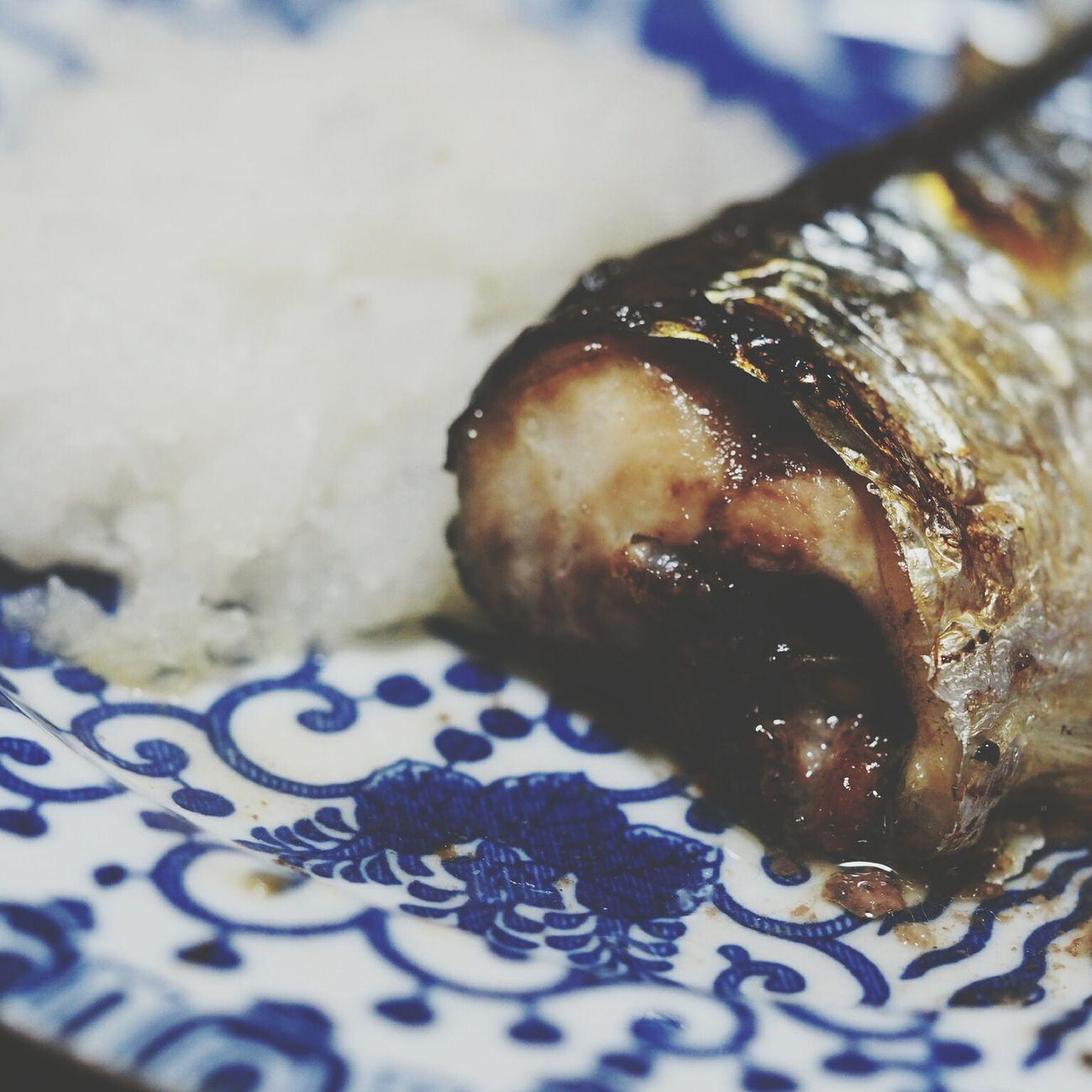 秋刀魚 Fish Enjoying A Meal Foodporn Foodphotography Food In My Mouf Yummy Foodstagram Foodgram Macro Foodgasm Taking Photos Talking Pictures