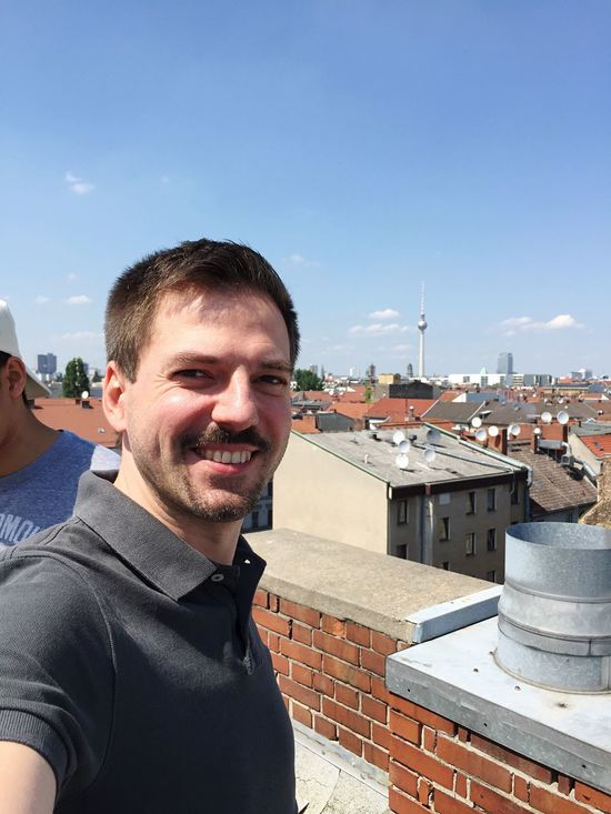 Sommer, Sonne, Kaktus! Sonne Berlin On Top Of... At Work Selfie