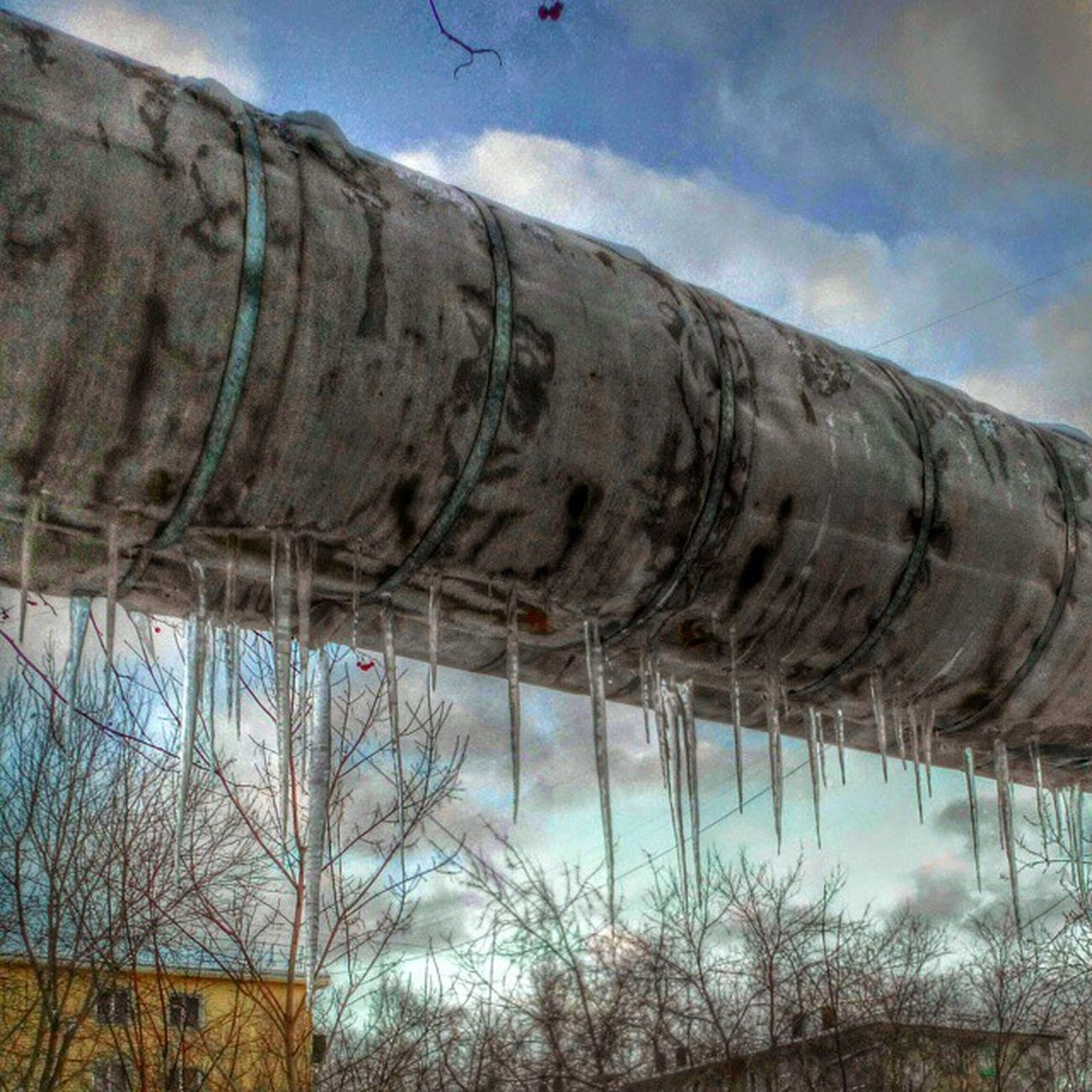 омск сибирь весна март сосульки труба индустриальный Omsk Siberia Spring March Icicle Industrial HDR