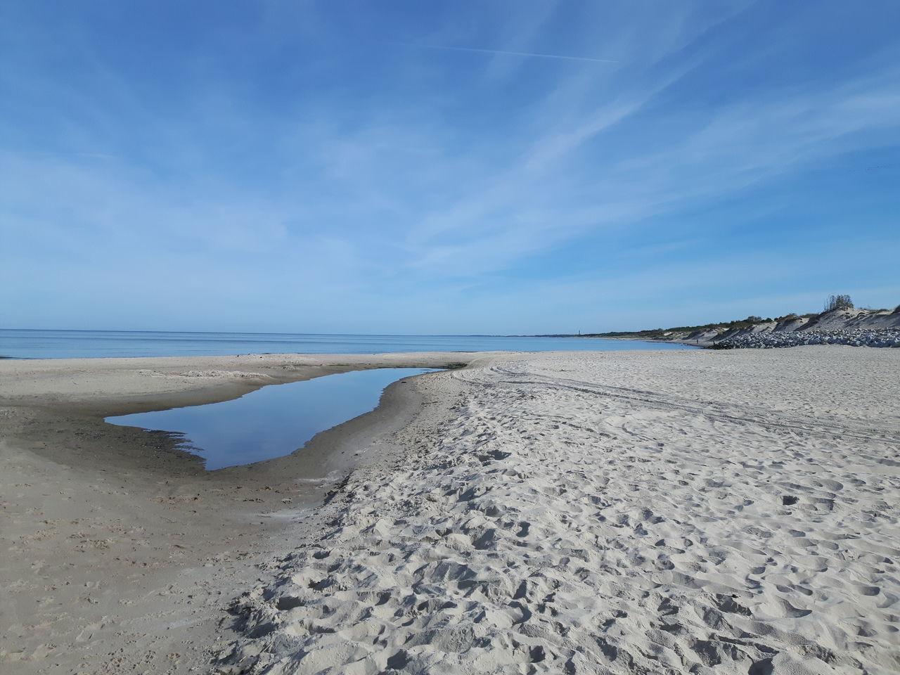 Lazurowe wybrzeże nad Bałtykiem Beach Blue Sky Nature Beauty In Nature Cloud - Sky First Eyeem Photo