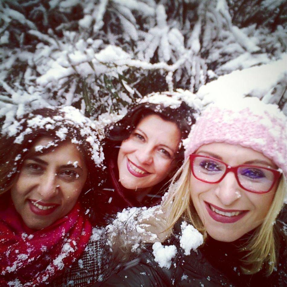 Womens Portraiture Snow ❄ Cold Winter ❄⛄ A Snowy Day Karlı Güne Merhaba :)) Snowing Snow❄⛄ Snowwhite Karlı Ve Soğuk Karlı Hava Winter Wintertime My Winter Favorites