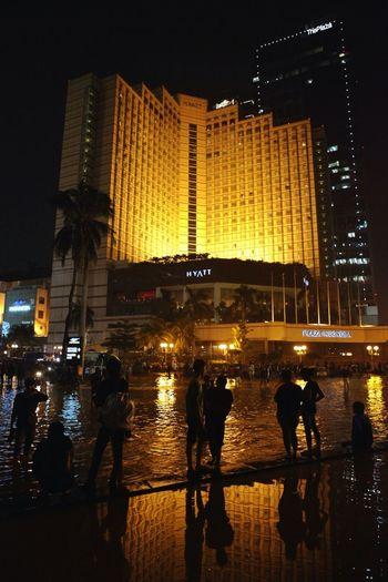 Jakarta Banjir - Plaza Indonesia