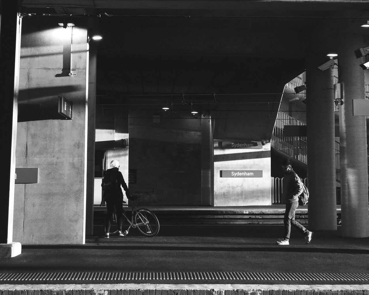 Shot With Halide | Black And White Sydney Morning Photo Daily Commute