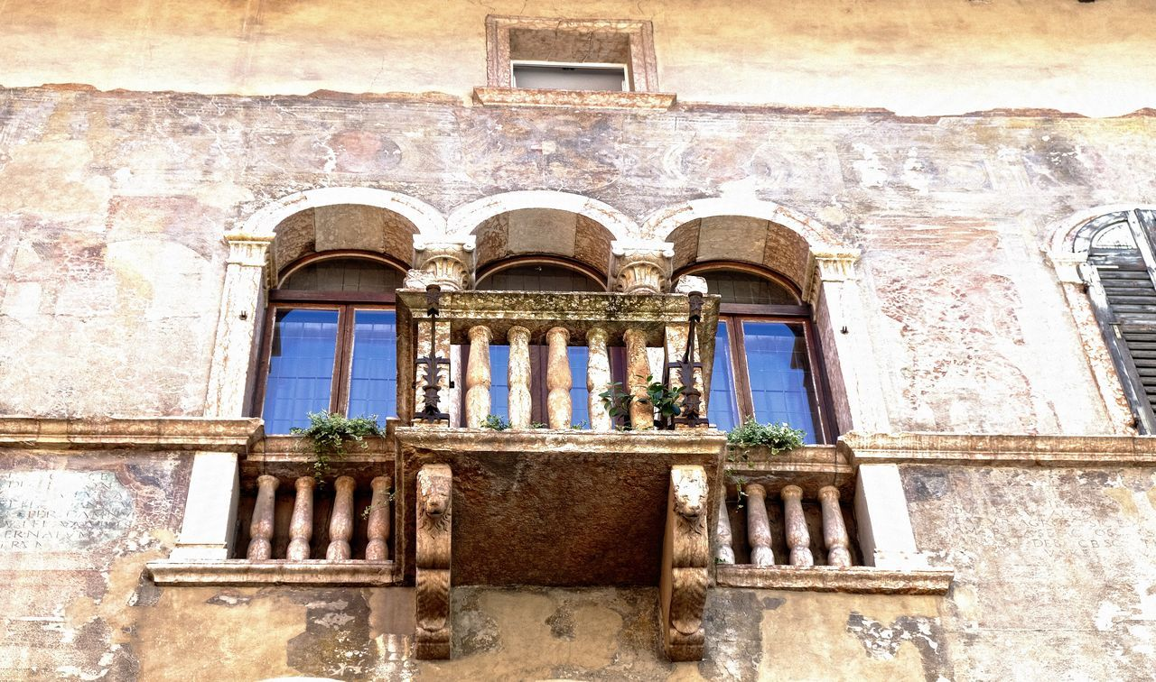 Arch Architecture Building Exterior Built Structure History Low Angle View No People Trento Window