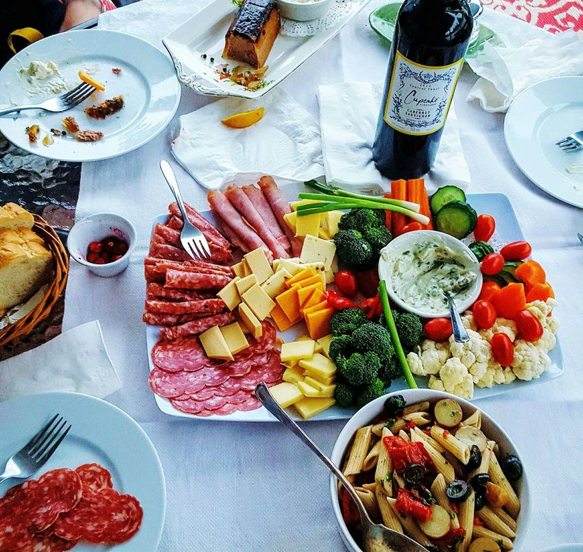 💖Friends hanging out 💖 People Together Photo Contest Foodphotography Food And Drink Platter Foodpic Party Tray Winebottle Relaxing Time Appetizers Food♡ Cheese DeliciousFood  Pasta Salad Colourful Eyemphotography