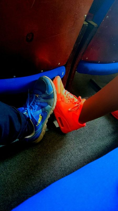 School актовый зал Школа Colours Sneakers ♥