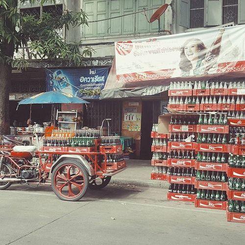Thirsty? Cocacola Bangkok Thailand Streetphotography Cityscene Travelshots Explorethailand Oldfashioned