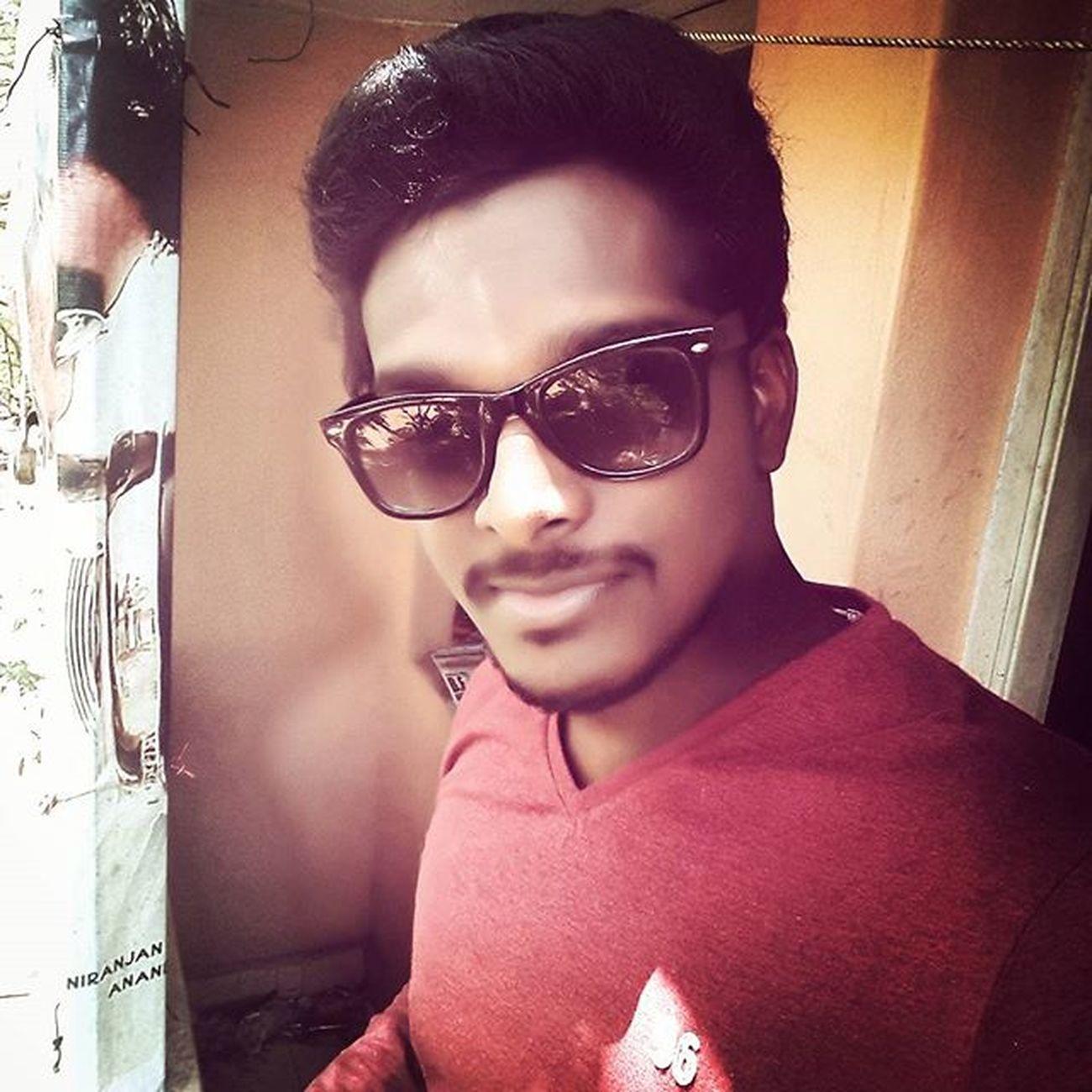 Selfie Cool Casual Sunglass  Lenskart Vincentchase Graphicdesigner Biker Innomad Royalenfield Classic500 Karaikal Chennai Love Monkey