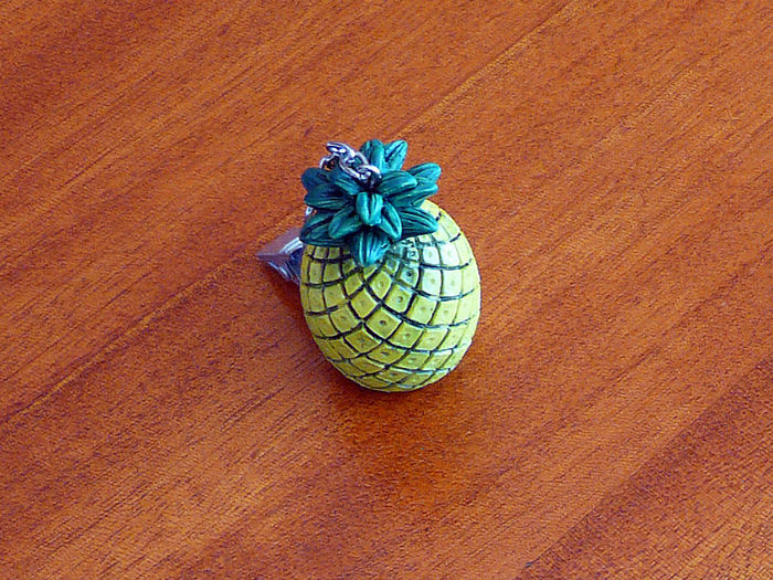 Nipper Pineapple YELLOW Pineapple Ananas Chrome Chrome Plier Close-up High Angle View No People Pince Plier Yellow Color สัปปะรด 菠萝