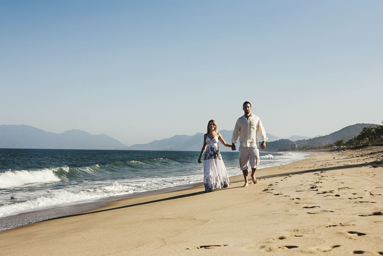 Beach Full Length Sand Togetherness Walking Vacations Two People Summer Sea Love Day Affectionate Live For The Story Lifestyles Beachday Beachwalk Beach View Couplesphotography Canon Camera Wedding Photography Wedding Day Place Of Heart EyeEmNewHere