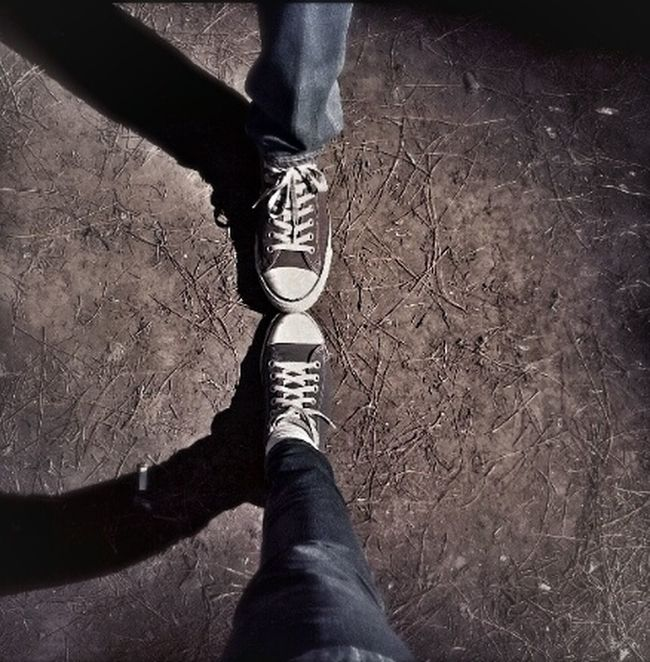 Couple Converse Get Wild Getting Inspired wearing sneakers■