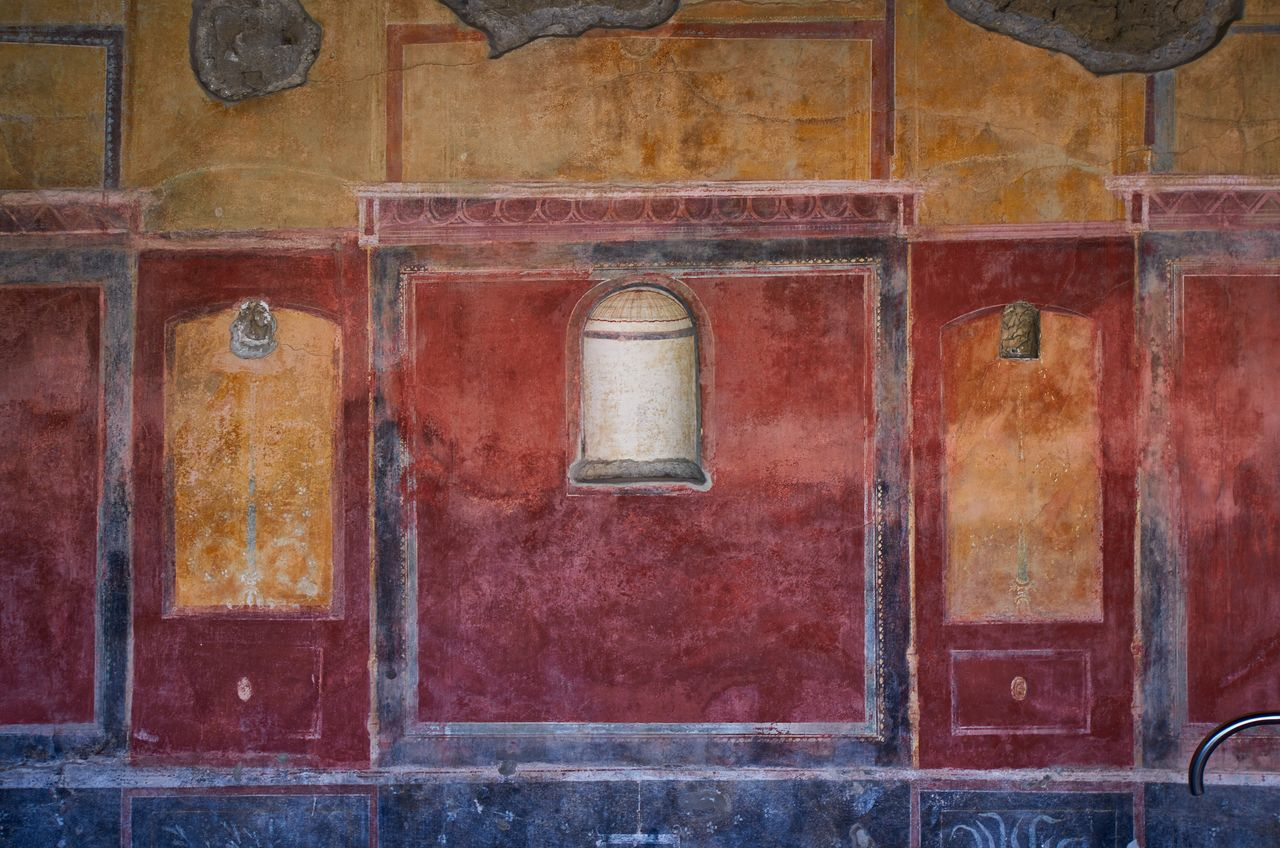 House interior, Pompeii Pompeii  Italy Wall Painting Decor Decoration Vivid History Historic Historical Building Historical Monuments Historical Place Built Structure No People Indoors  Roman Ancient Ancient Civilization Ancient Architecture Weathered