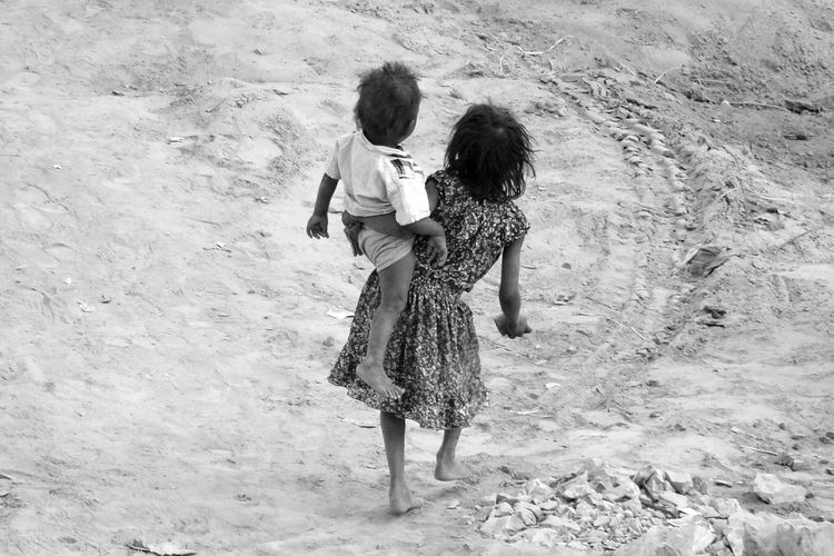 India Poor Kids Black And White Newdelhi Capture The Moment Eyem Gallery Eyemphotography From My Point Of View Showcase April Resist Long Goodbye The Secret Spaces ミーノー!! TCPM EyeEmNewHere Art Is Everywhere The Street Photographer - 2017 EyeEm Awards Let's Go. Together. Investing In Quality Of Life