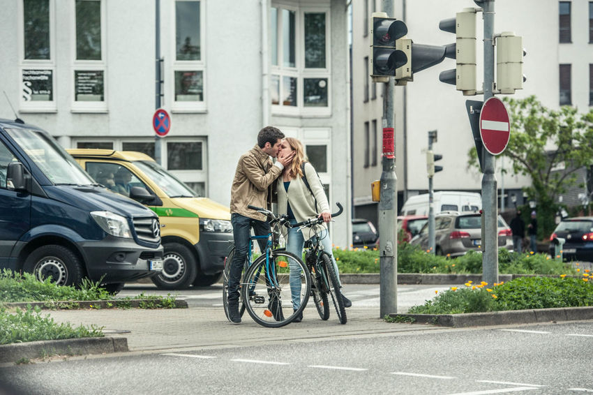 Can Couple Cycleunites Cycling Heidelberg Kiss Lifestyles People Street Transportation Travel