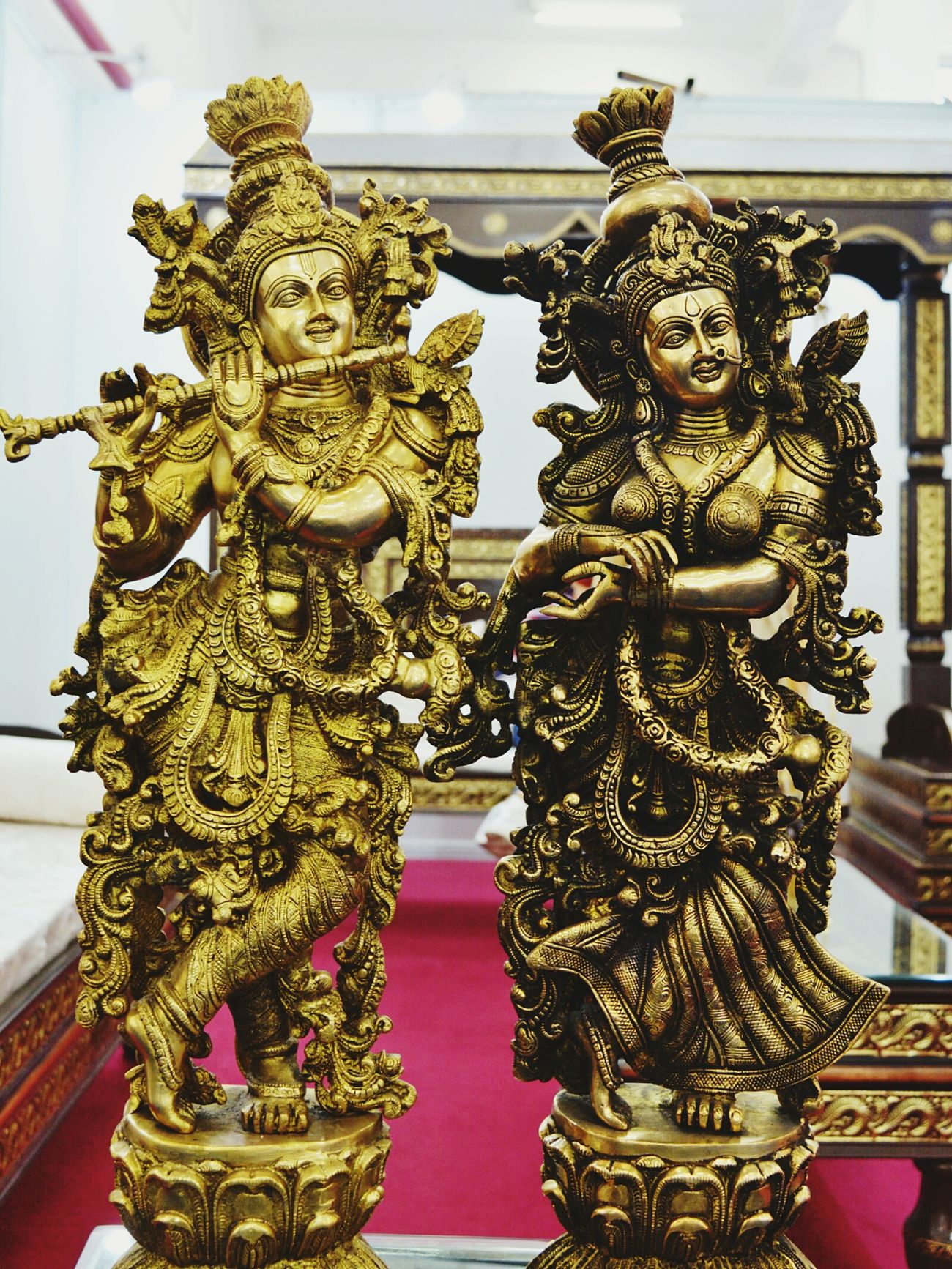 💓Lord Krishna and Godess Radha💓 Krishna Krishnagod Radha Radhakrishna Radha And Krishna God Idol Craftsmanship  Holy Spiritual Hindu Gods Deity Statue Gold Colored Indoors  Architecture No People Day