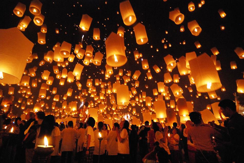 Beautiful stock photos of dunkel, Burning, Celebration, Chiang Mai, Crowd