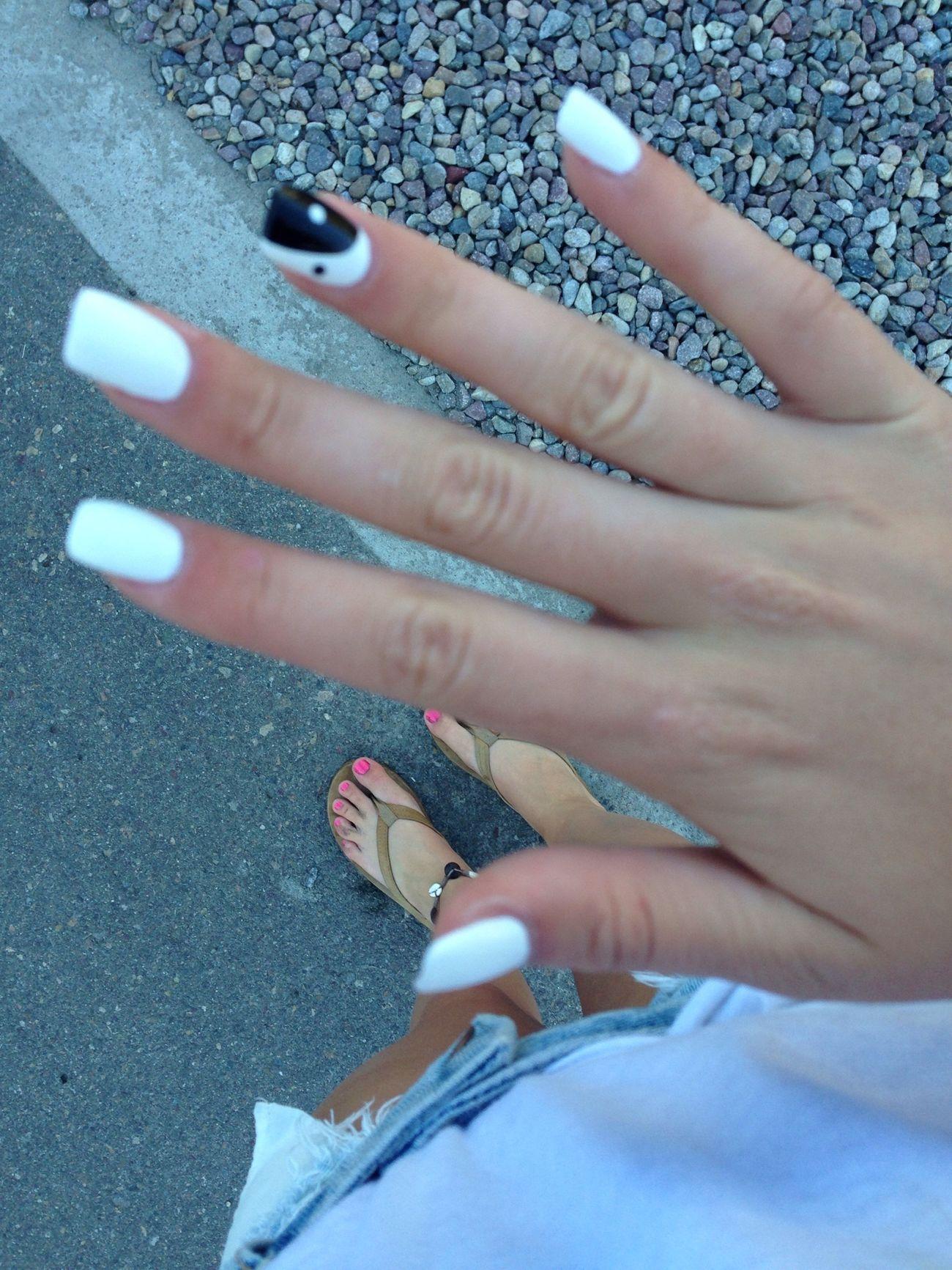 Beach nails and a tan