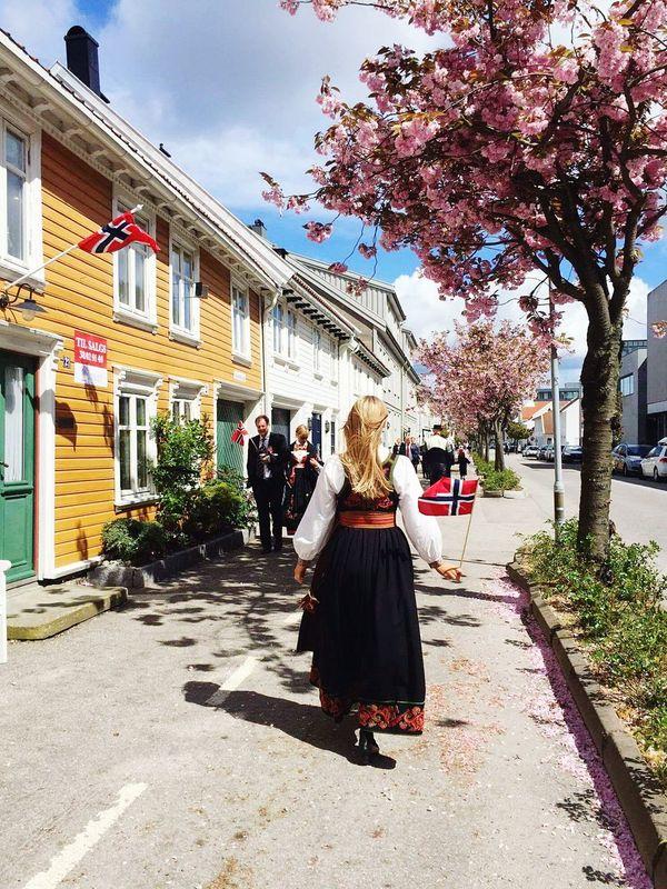 Norway Enjoying Life Girl Bunad 17 Mai Streetphotography Flower Tree Walking Happyday Sunnyday Eyem Gallery Flags In The Wind  Flag