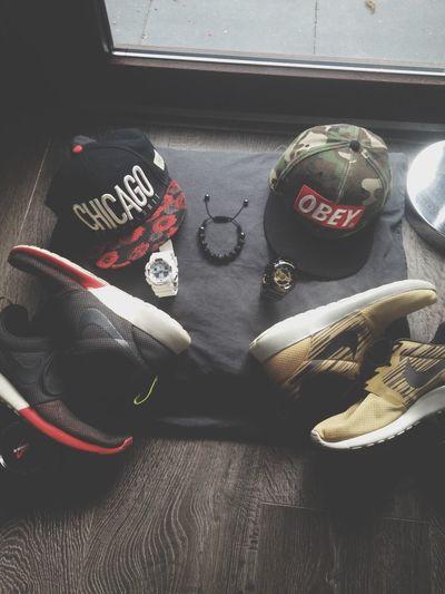 Black White Red set {Roses Snapback, White G shock Protection, Roshe runs blackwhitered} & {OBEY 'camo' snapback, Black,Gold G shock Protection, Roshe Runs GoldBlackWhite} {Shamballa bracelet}