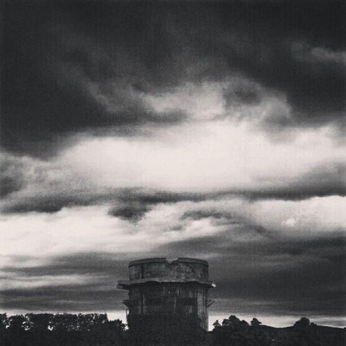 #fotor #cityscape #blackandwhrite #sky #concrete #wien #insta_bp #instahunig #clouds Sky Wien Concrete Cityscape Blackandwhrite Fotor Clouds