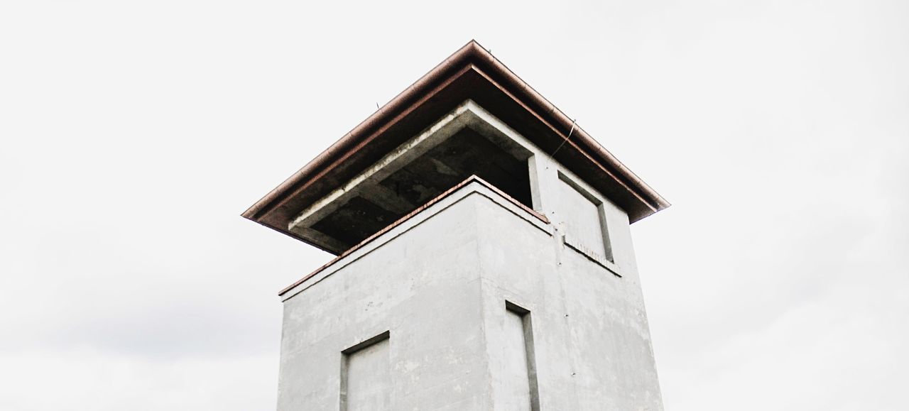 - NO COMMENT - Hanging Out Berlin Oranienburg Gedenkstätte Konzentrationslager Outdoors Check This Out Minimalism Minimal Simple White Architecture Taking Photos Think Sachsenhausen  Learn & Shoot: Simplicity N \ VEA ★ CREME Showcase: November