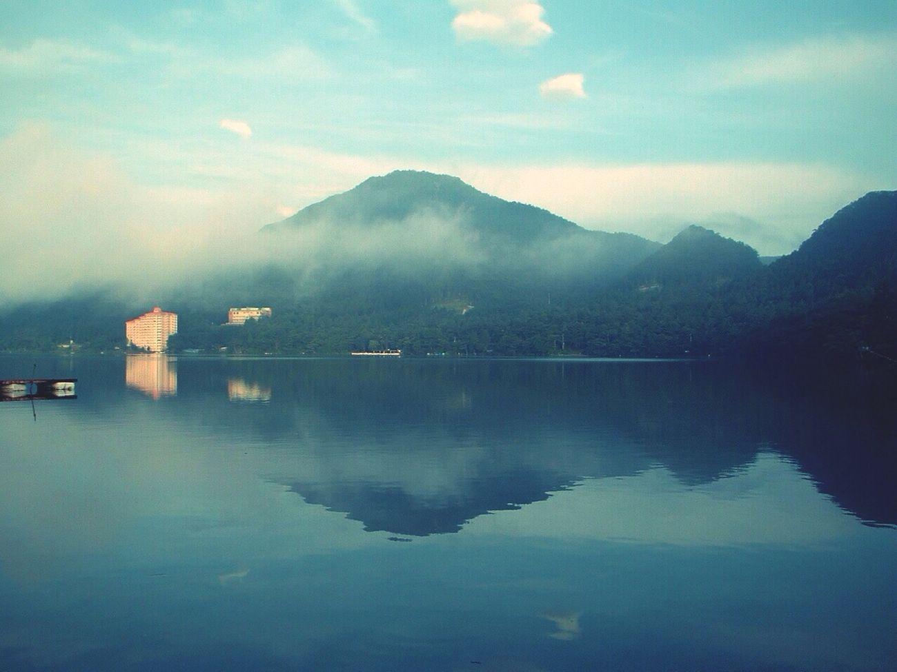 いつかの榛名湖。7月には、湖畔に蛍が舞います。 Lake Morning Mist Photo My Favorite Place