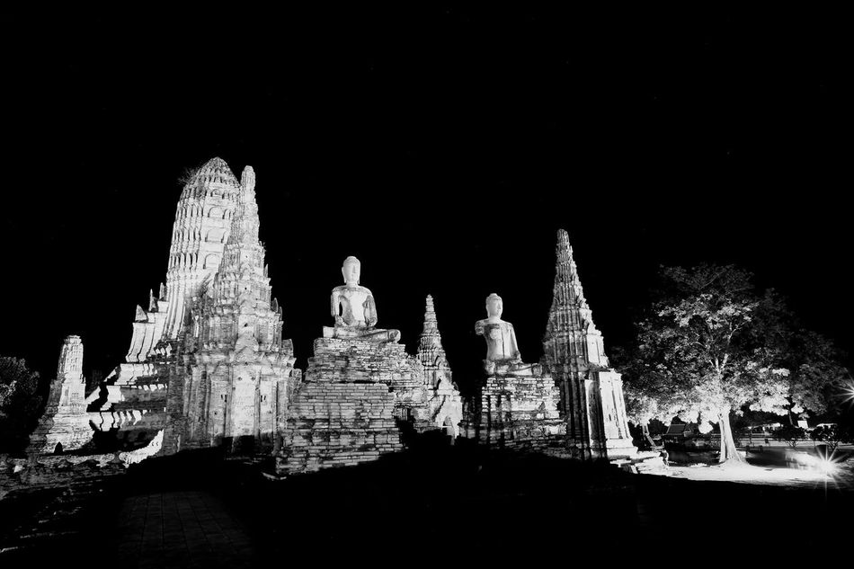 Night Statue Sculpture No People Religion Illuminated Outdoors Spirituality Place Of Worship Architecture Building Exterior Sky Buddhist Monks Ruins Architecture Ruin Ruins Of A Past Buddhist Temple
