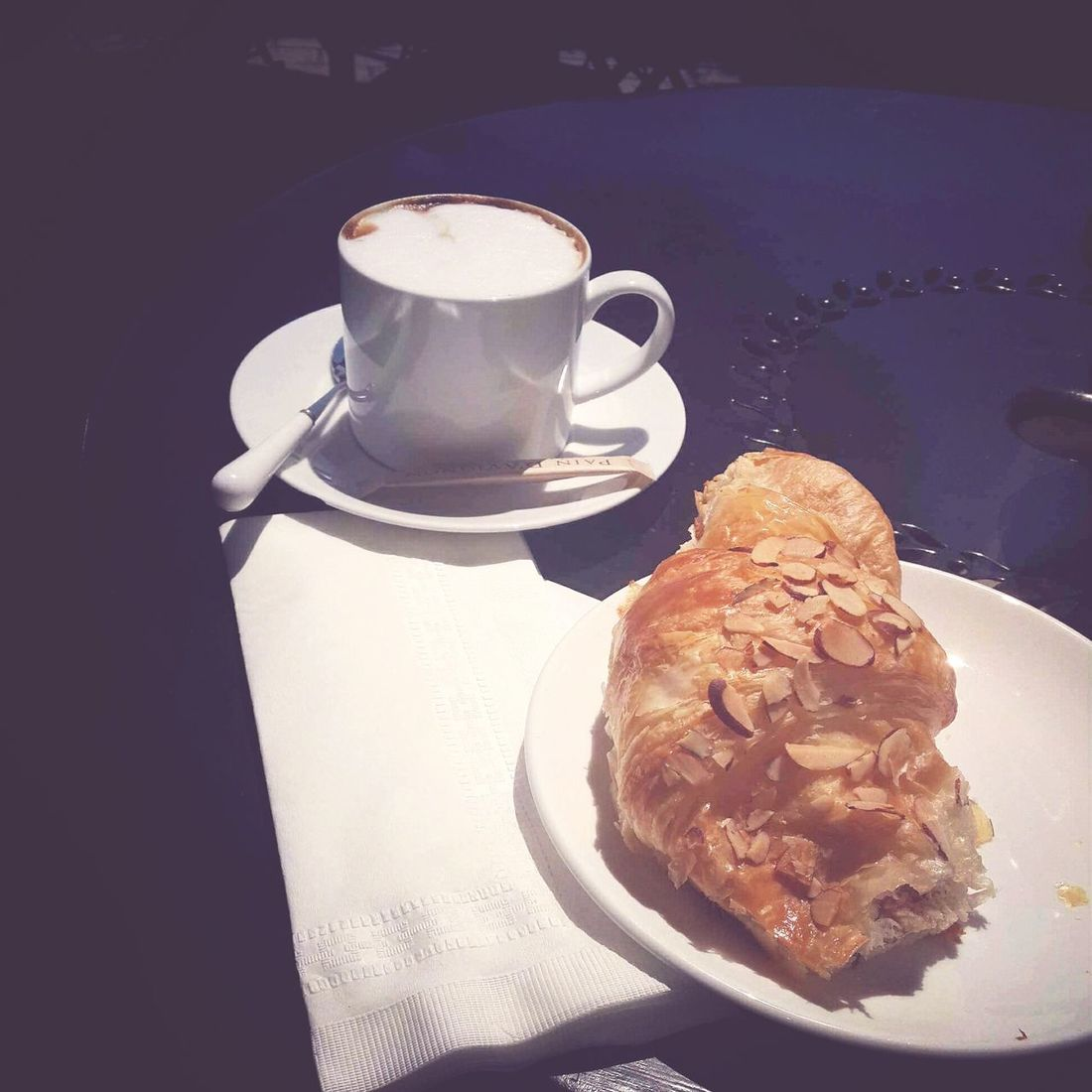 Food Porn Awards The perfect breakfast! Capuccino Almond Croasant Sunnyday Goodmorning :)