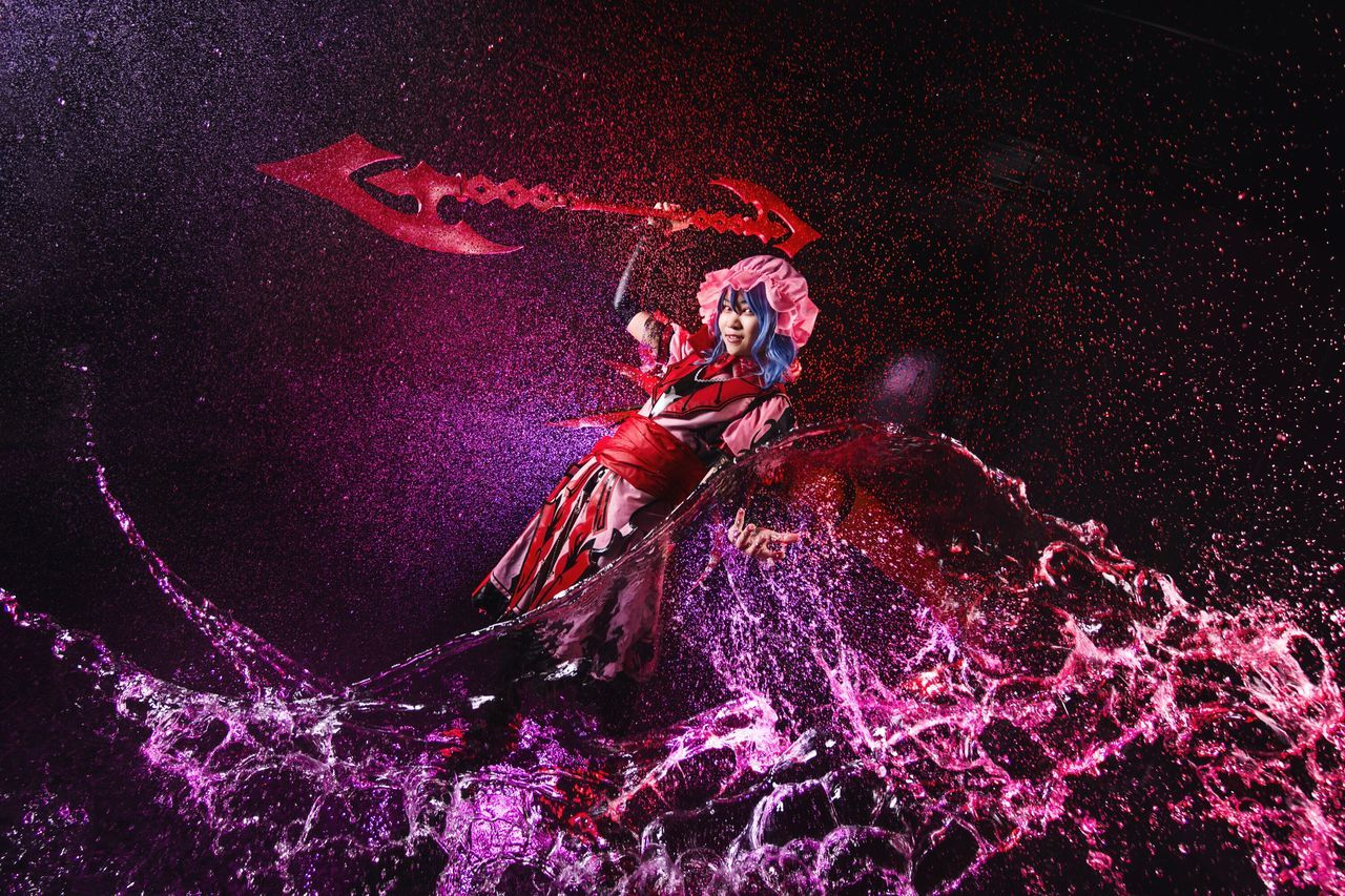 Remilia Scarlet Cosplay Girl Portrait Remilia Scarlet Touhou Vampire Gungnir Water Splash Indoor Studio One Person Illuminated People Flash Sony A6000 Malaysia Photoshoot Asdgraphy The Portraitist - 2017 EyeEm Awards