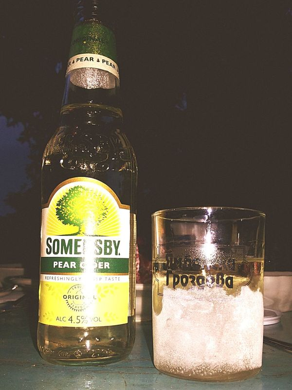 Drinks Awesome Night With Friends  Rakia Somersby