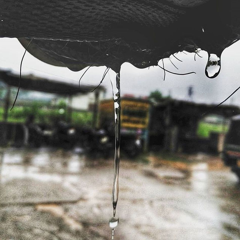 Rains 💓 Raindrops Drop_layer Monsoon Raipur Mi4i Phone Photography Photooftheday Xiaomiclick_id Xiaomi_love Photographyislife Photographybros