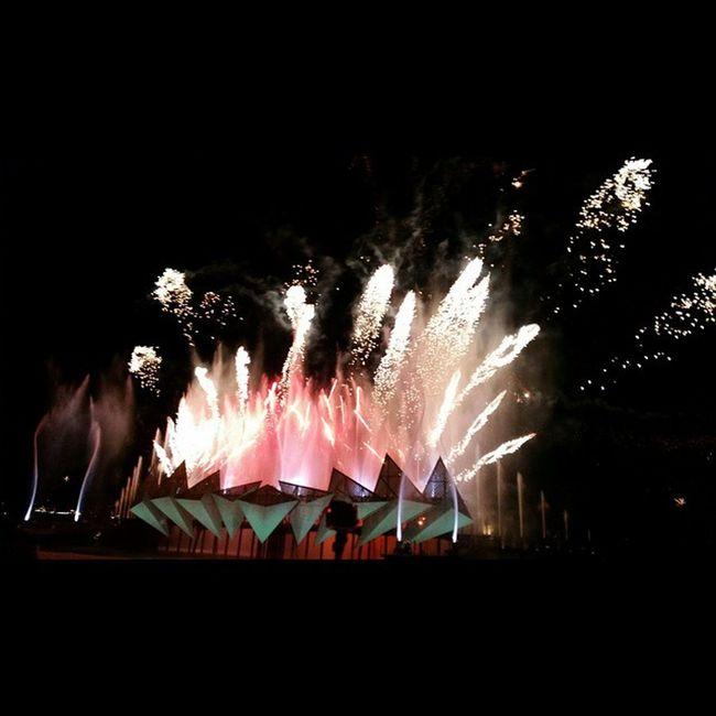 🎆🎆🎆🎇🎇🎇 Fireworks