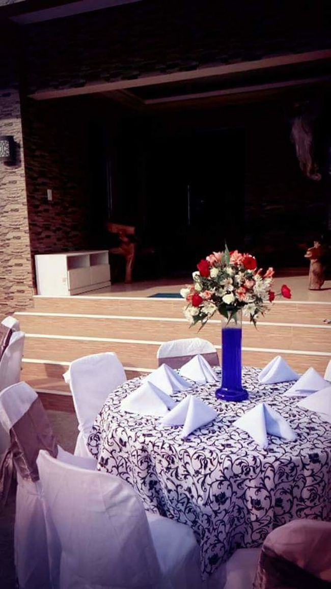 Reception Area Wedding Reception Table Arrangement Centerpiece Dining Tables And Chairs