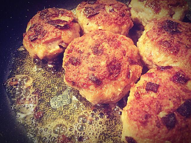yummy yummy Yummy Yummy♡ Meat! Meat! Meat! Meatballs Boulette Bulette Buletten Frikadellen Fleisch FleischklößChen Fat Pan Fett Pfanne
