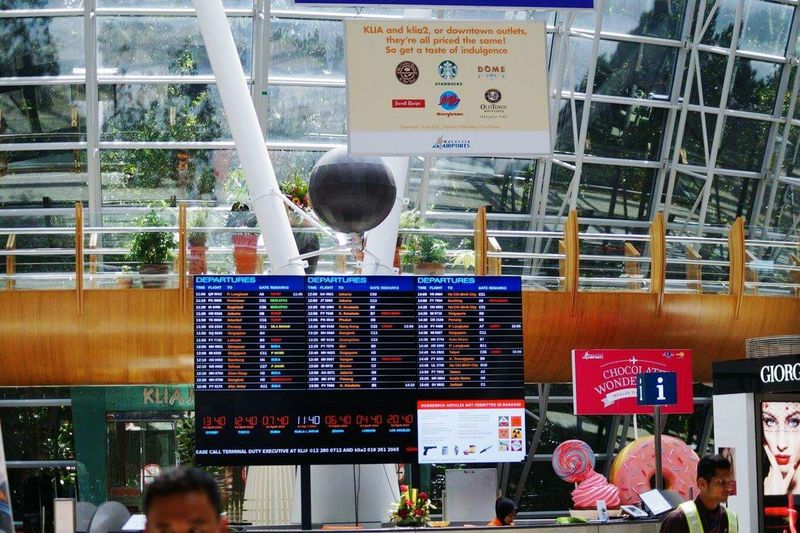 Store Business Finance And Industry Retail  Hanging Market Day City Business Outdoors No People Building Exterior Airportphotography Architecture_collection KLMalaysia Aiport Bulletin Board Shopsigns Store Decor Banner - Sign Travel Photography