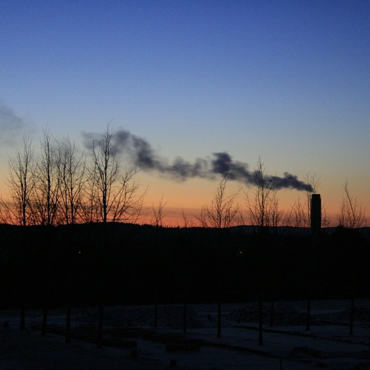 Ilovenorway Ilovenorway_akershus Follo   ås worldunion wu_norway winter frost skyline evening chimney smokestack canon 400d sunset