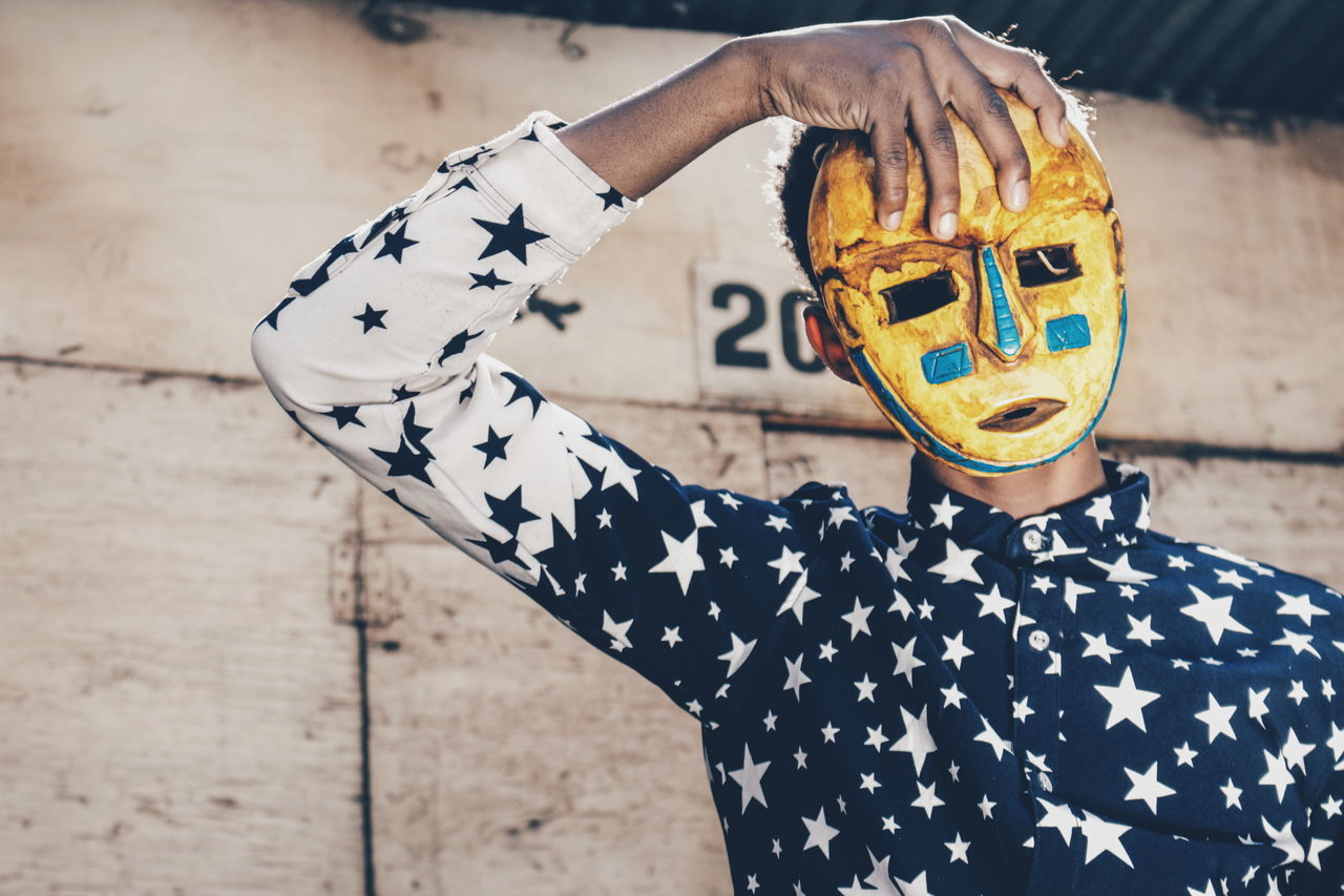 Focus On Foreground Outdoors Close-up Disguise City Low Section Portrait EyeEmNewHere Streetphotography Leisure Activity EyeEm Gallery Detail Canon Camera Teenagers  Africa Lifestyles Spooky Arts Culture And Entertainment Mask - Disguise Standing Abstract Boys