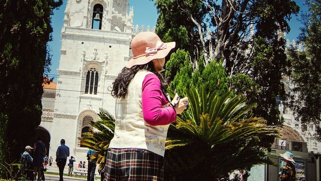 People Watching Wearing Hat Walking Around Taking Pictures Lisbon Taking Photos Of People Taking Photos The Essence Of Summer From My Point Of View Summer Views Melancholic Cityscapes Simple Things In Life