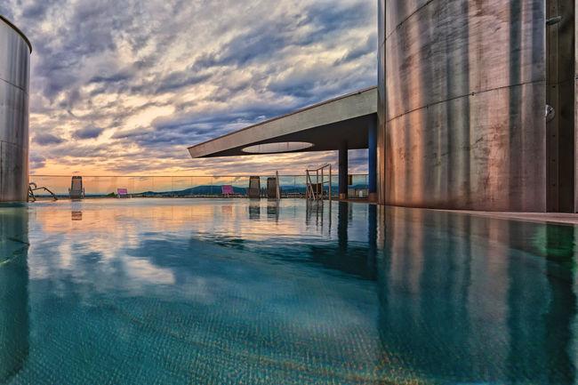 van gogh iInspiration 43 Golden Moments Alone In The City  Cloud Infinity Sunset Sunshine Swimming Pool Van Gogh Inspiration