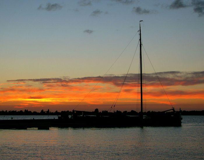 Summer Holidays EyeEm Gallery Eye4photograghy Waterscapes Boats Enjoying Life Beautiful Day Beautiful Sunset Sunset Lovers Summer2015
