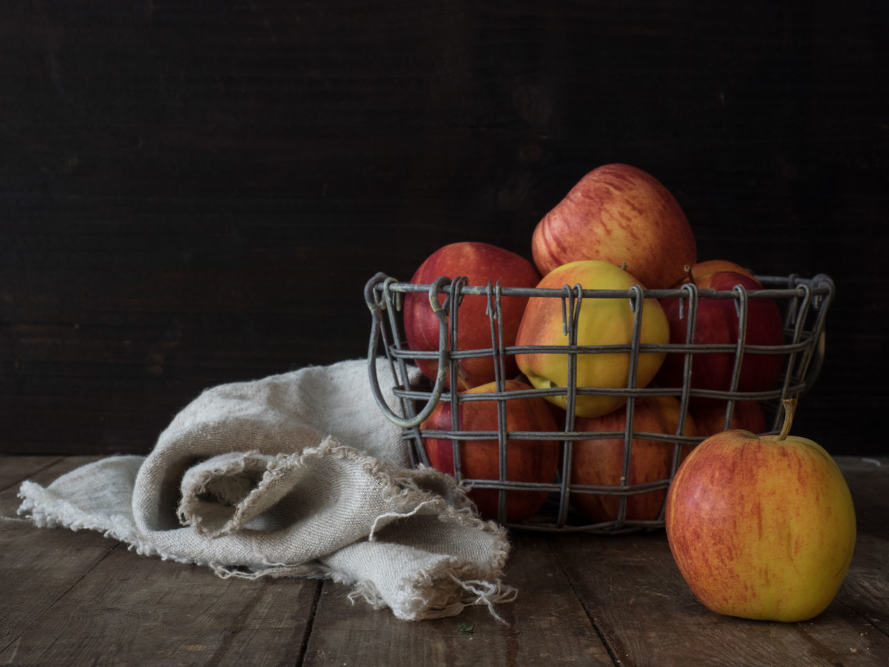 Apples Basket Cloth Dark Background Food Freshness Fruit Healthy Eating Moody Studio Shot Table Wood - Material